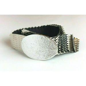 Glam Silvertone Metallic Stretch Belt, One Size